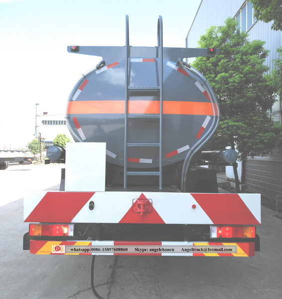 Dongfeng chemical liquid tank trucks