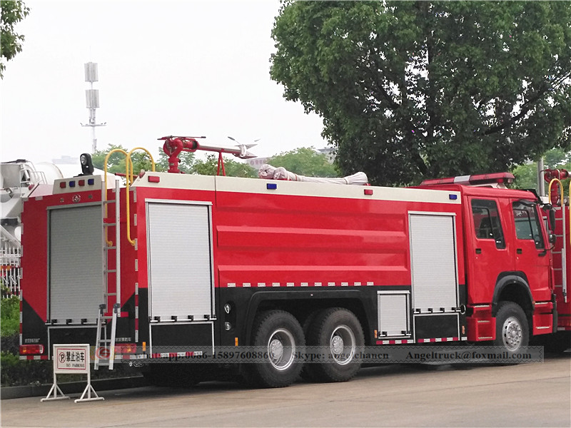 Multifuction fire fighting truck