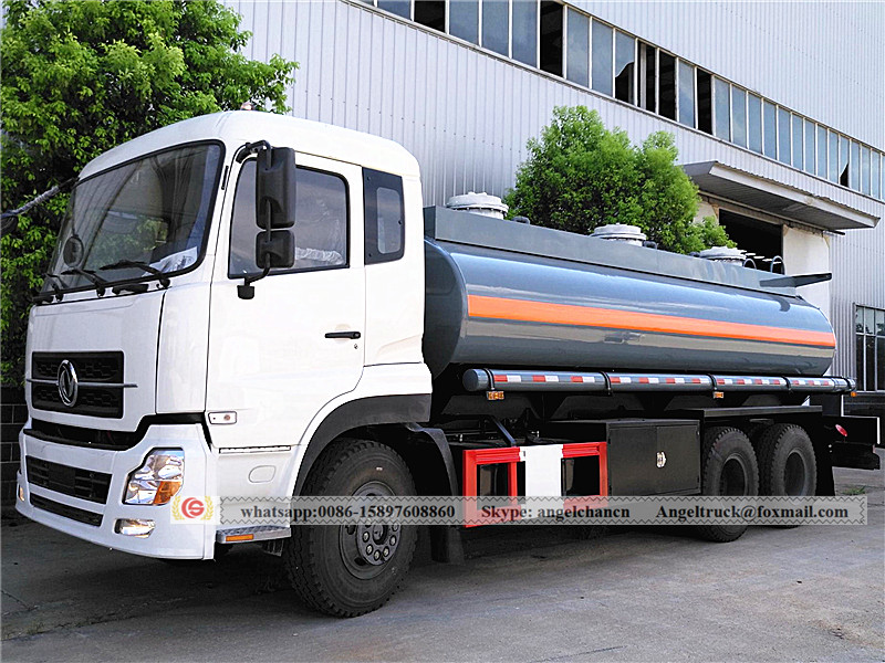 Dongfeng Chemical liquid tanker truck